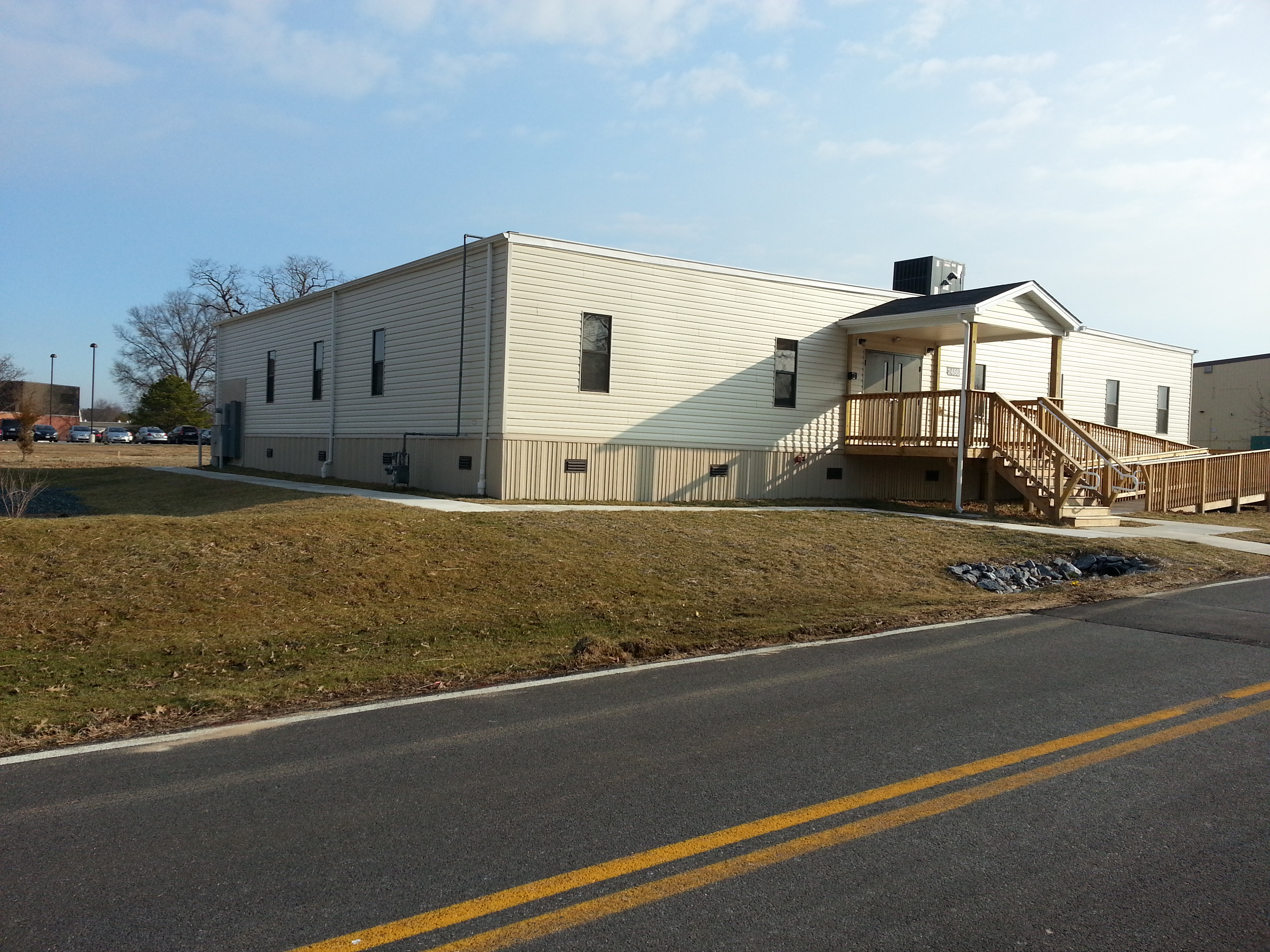 PRE-FABRICATED MODULAR BUILDING image 3